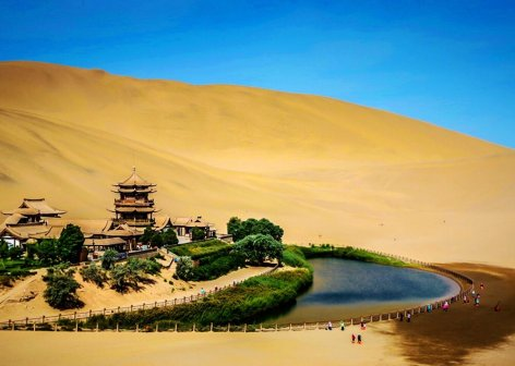 Crescent Spring - China Tours