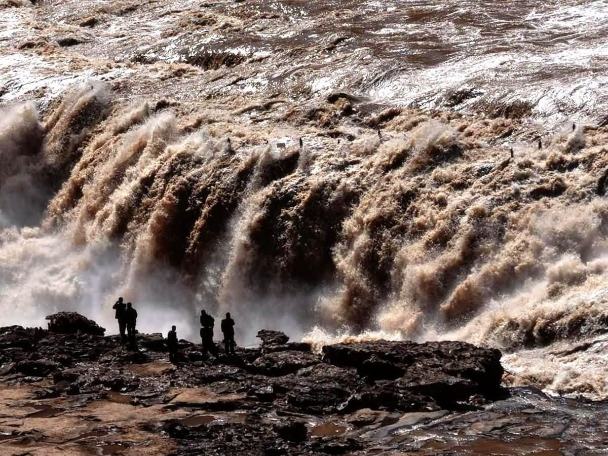 Hukou Waterfall - China Tours