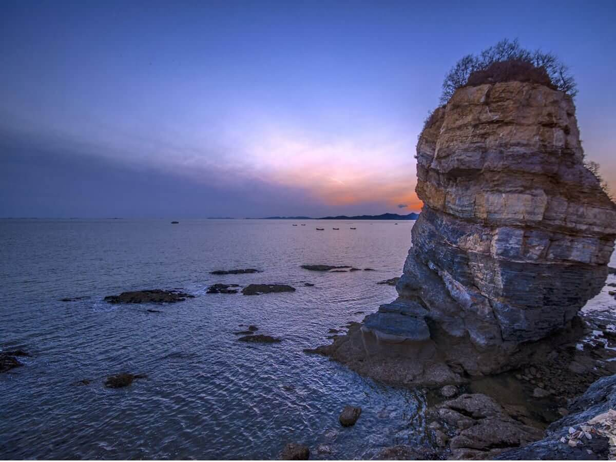 Jinshitan Beach - China Tours