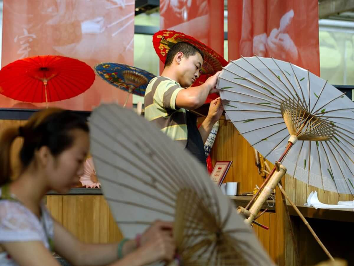 Oil Paper Umbrella - China Tours