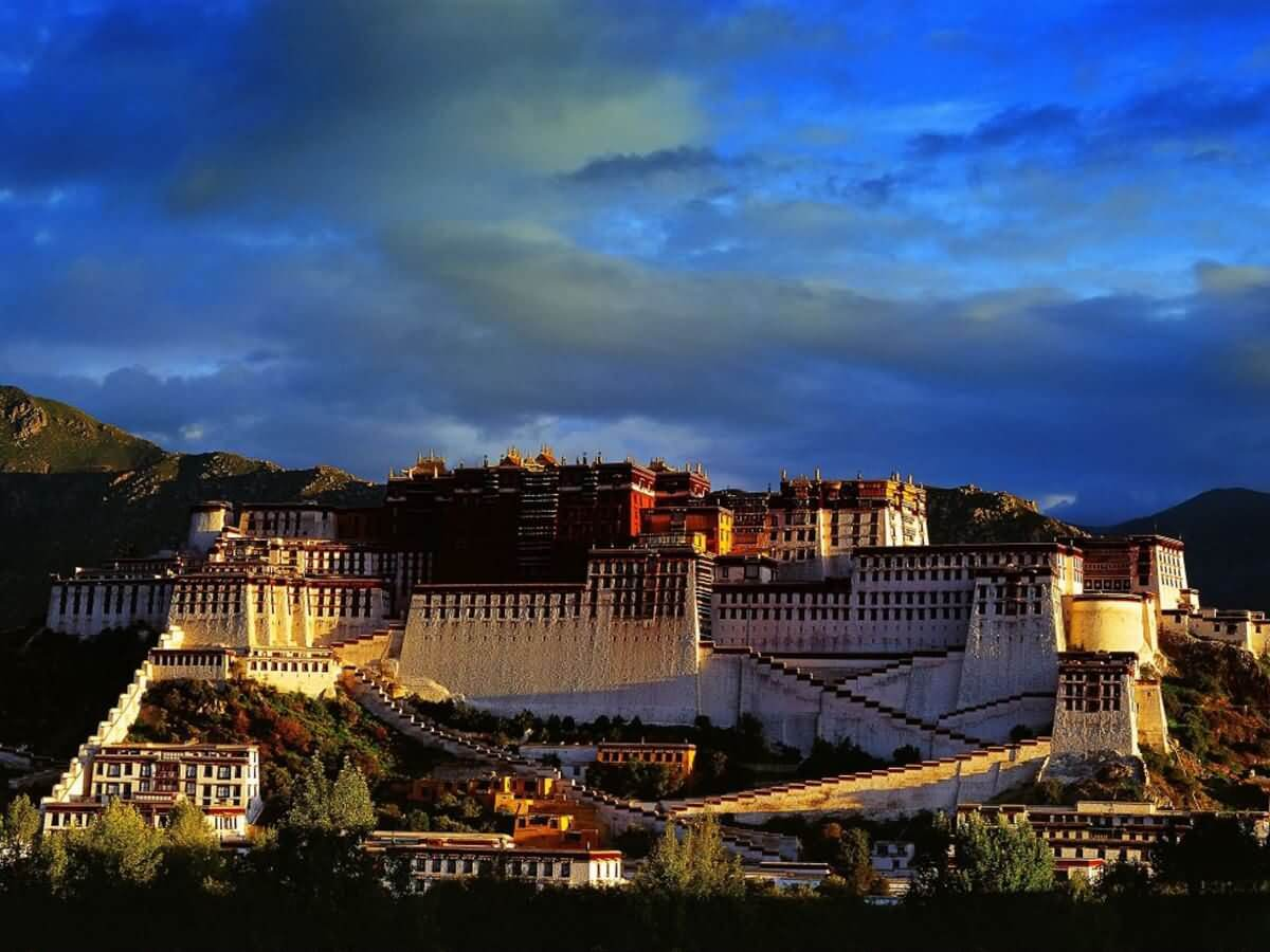 Potala Palace - China Tours
