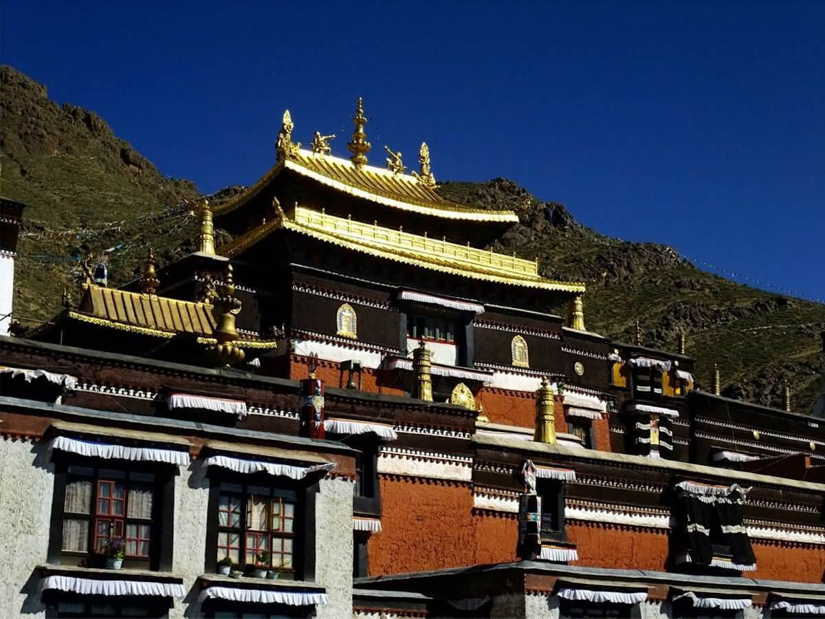 Tashilhunpo Monastery - China Tours